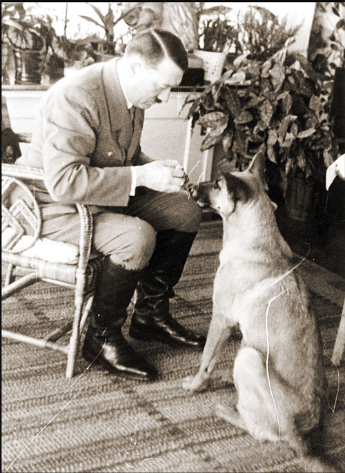 hitler-with-dog