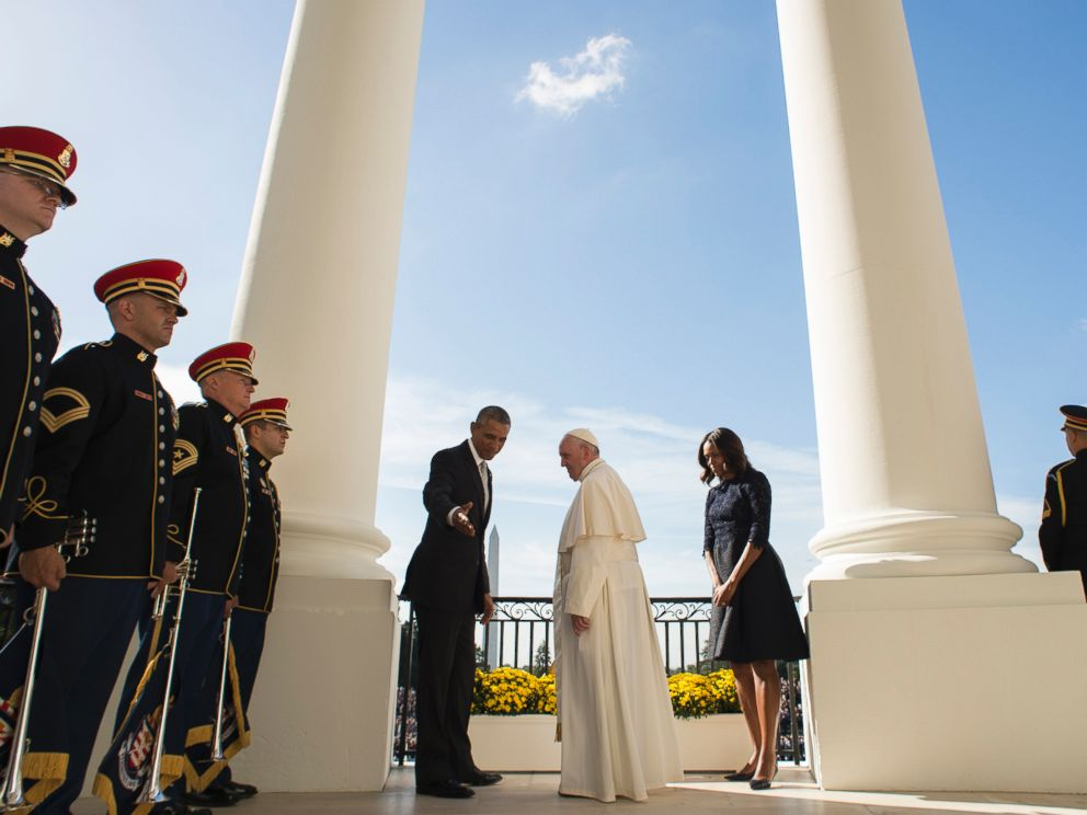 PHOTO: In this photo provided by LOsservatore Romano, President Barack Obama meets with Pope Francis at the White House in Washington, Sept. 23, 2015.